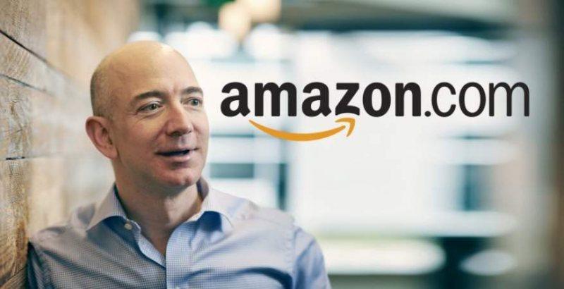 جيف بيزوس مؤسس أمازون من التبني لأغنى رجل في العالم - STJEGYPT