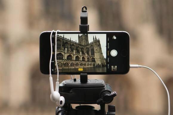 اى حد معاه smart phone و بيحب التصوير - STJEGYPT