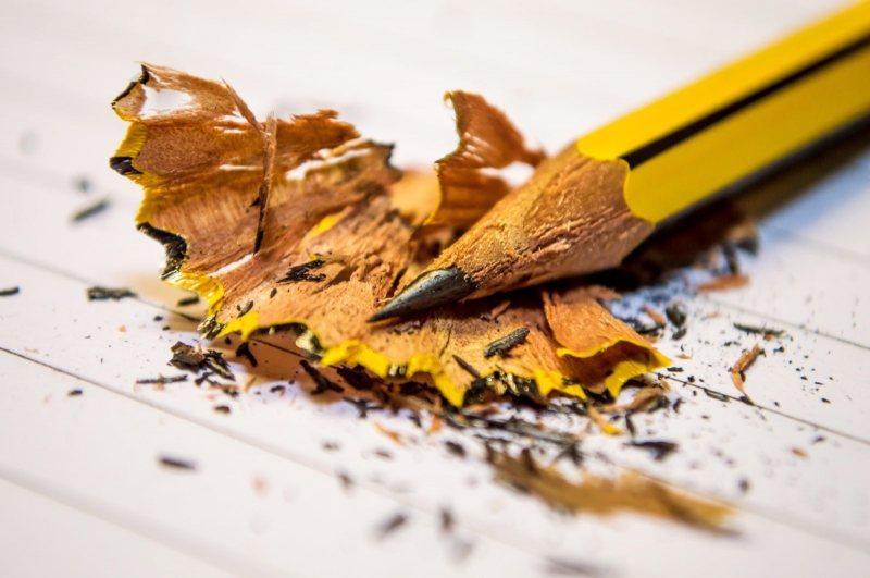 قصتان مع ضياع قلم الرصاص | مقال مميز - STJEGYPT