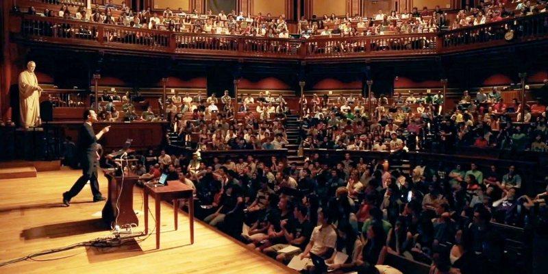 ديفيد مالان و موقع CS50.tv عليه كل محاضراته فى هارفارد مجانا - STJEGYPT
