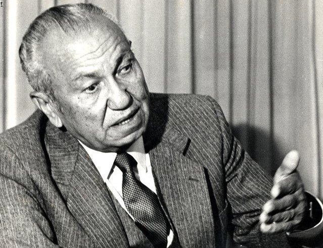 عثمان أحمد عثمان - STJEGYPT