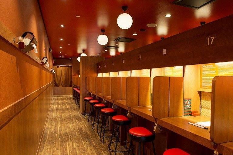 مطعم ياباني معمول للإنطوائيين - STJEGYPT